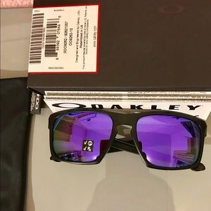 Authentic Oakley Silver Polarized Sunglasses
